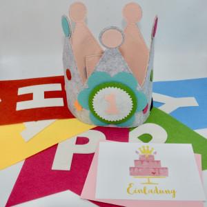 Geburtstagskrone Rosa mit Einladungskarte Torte und Geburtstagsgirlande