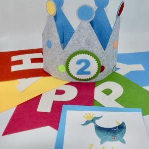 Geburtstagskrone mit Einladungskarte Wal und Geburtstagirlande